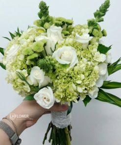 Hoa cầm tay cô dâu Tiếng Yêu