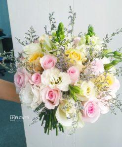 Hoa Cầm Tay Cô Dâu Ngày Mới